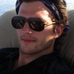 Ashton Kutcher, mai tare decât CNN