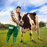 Cine vrea să vadă cum se face iaurtul Danone?
