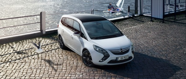Opel Zafira Tourer Black Roof Edition Exterior View