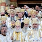 Poporul român are conducătorii pe care îi merită