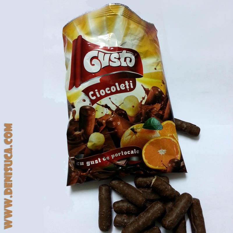 Ciocoleţi Gusto cu aromă de portocale