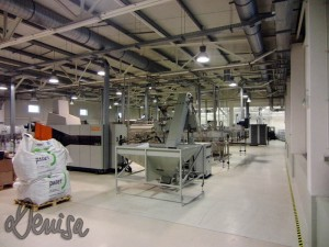 ProHD-Fabricat în Hunedoara - Cum se face apa minerală Aqua Sara