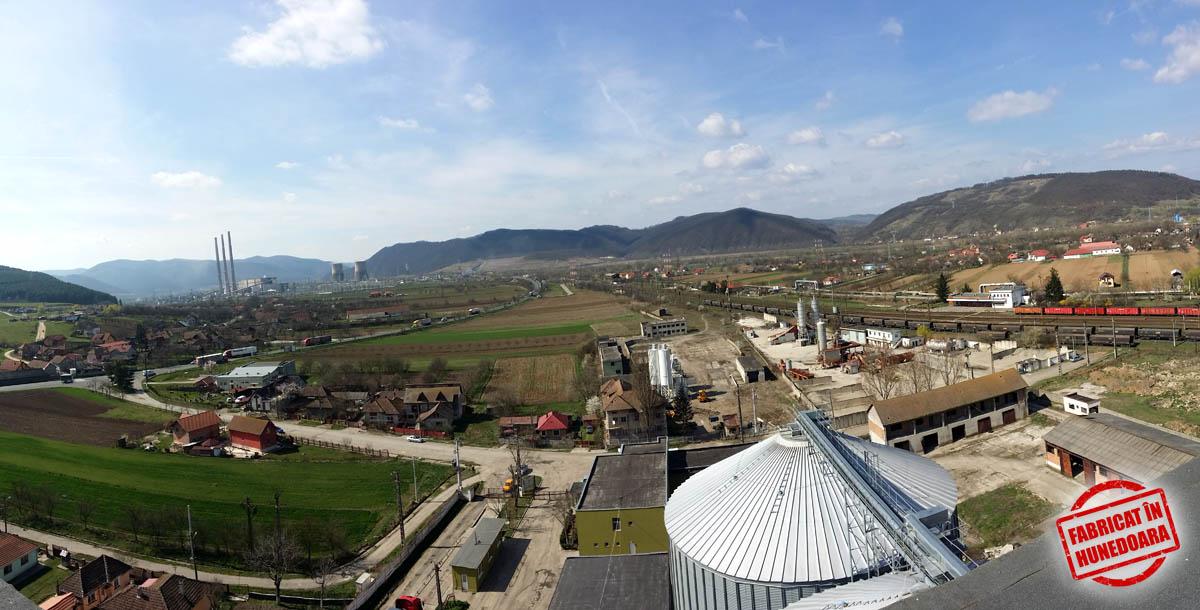Panoramă de pe turnul FNC AVIS din Mintia