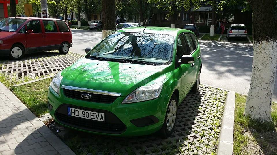Ford Focus verde 2