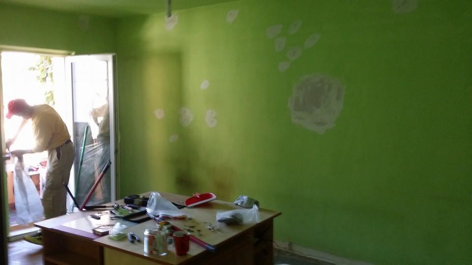 reparaţii pe pereţi
