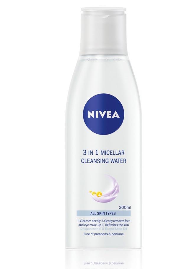 Apa micelara 3in1 de la NIVEA