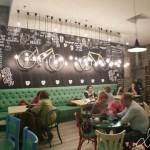 Ada Kaleh, probabil cea mai frumoasă cafenea din județul Hunedoara