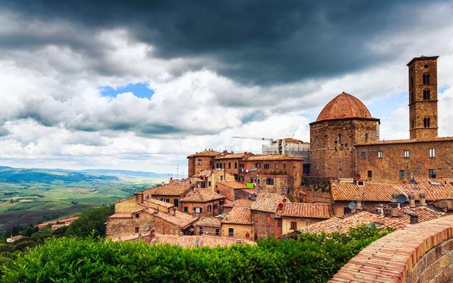 Foto: Ancient center of village Volterra, Tuscany, Italy