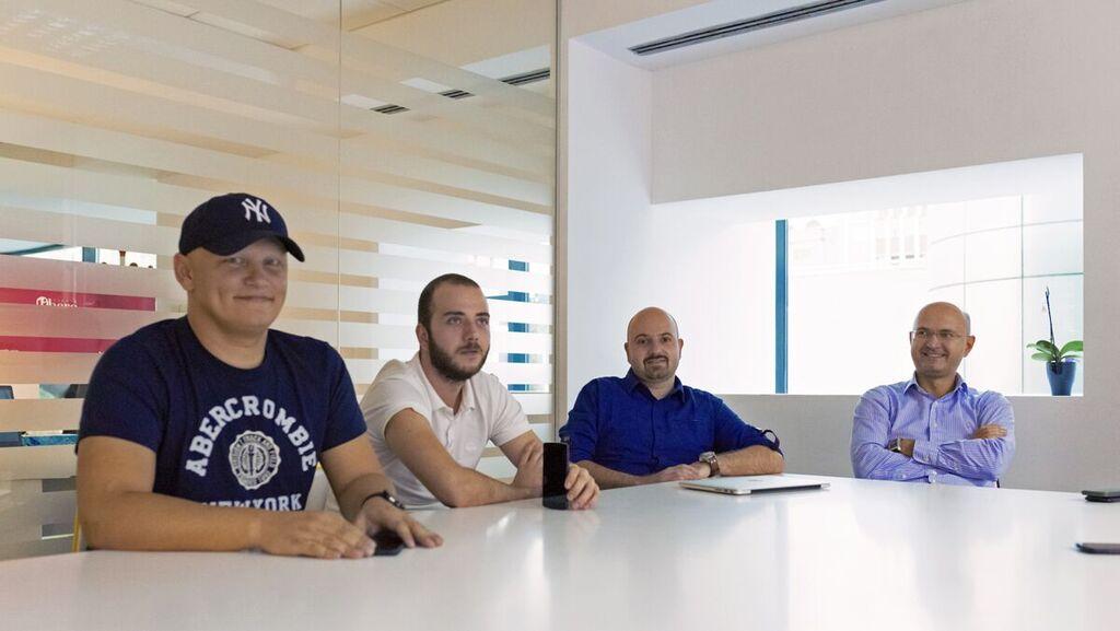 Echipa Cofffre: Cristian Manafu, Andrei Petcu, Răzvan Tîrboacă, Orlando Nicoară