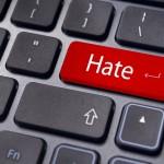 De ce e mai multă ură în online