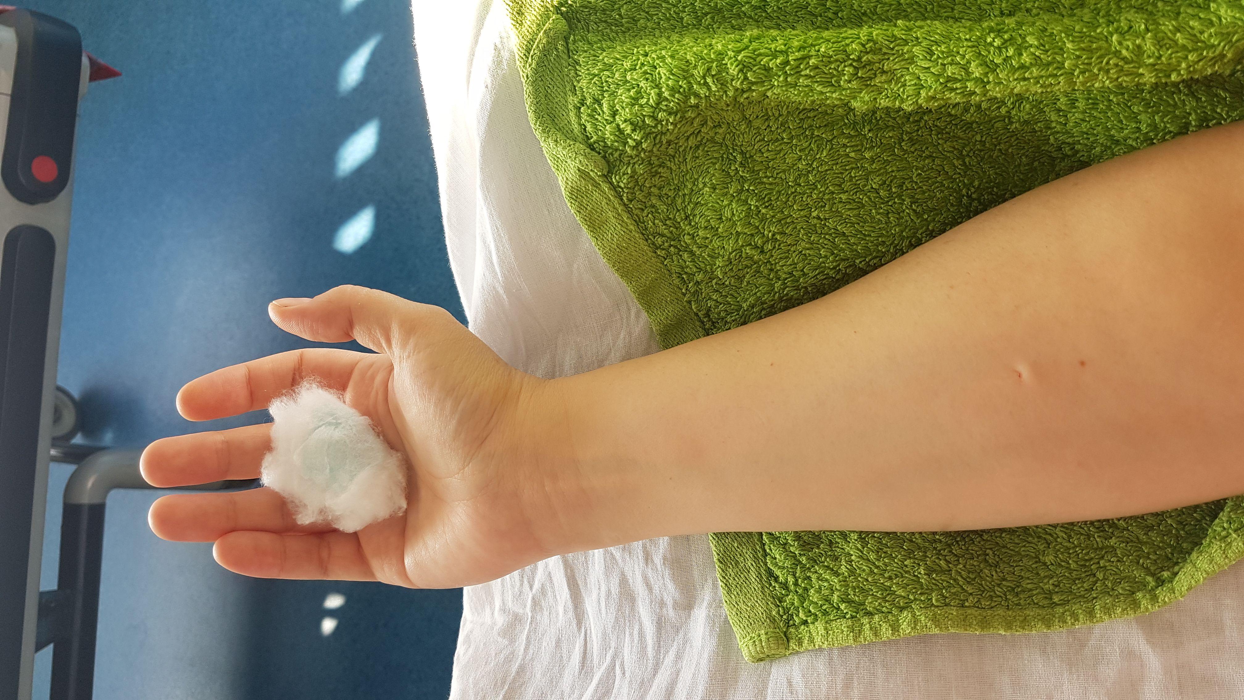 Mâna întinsă care nu spune o poveste nu primește antibiotic